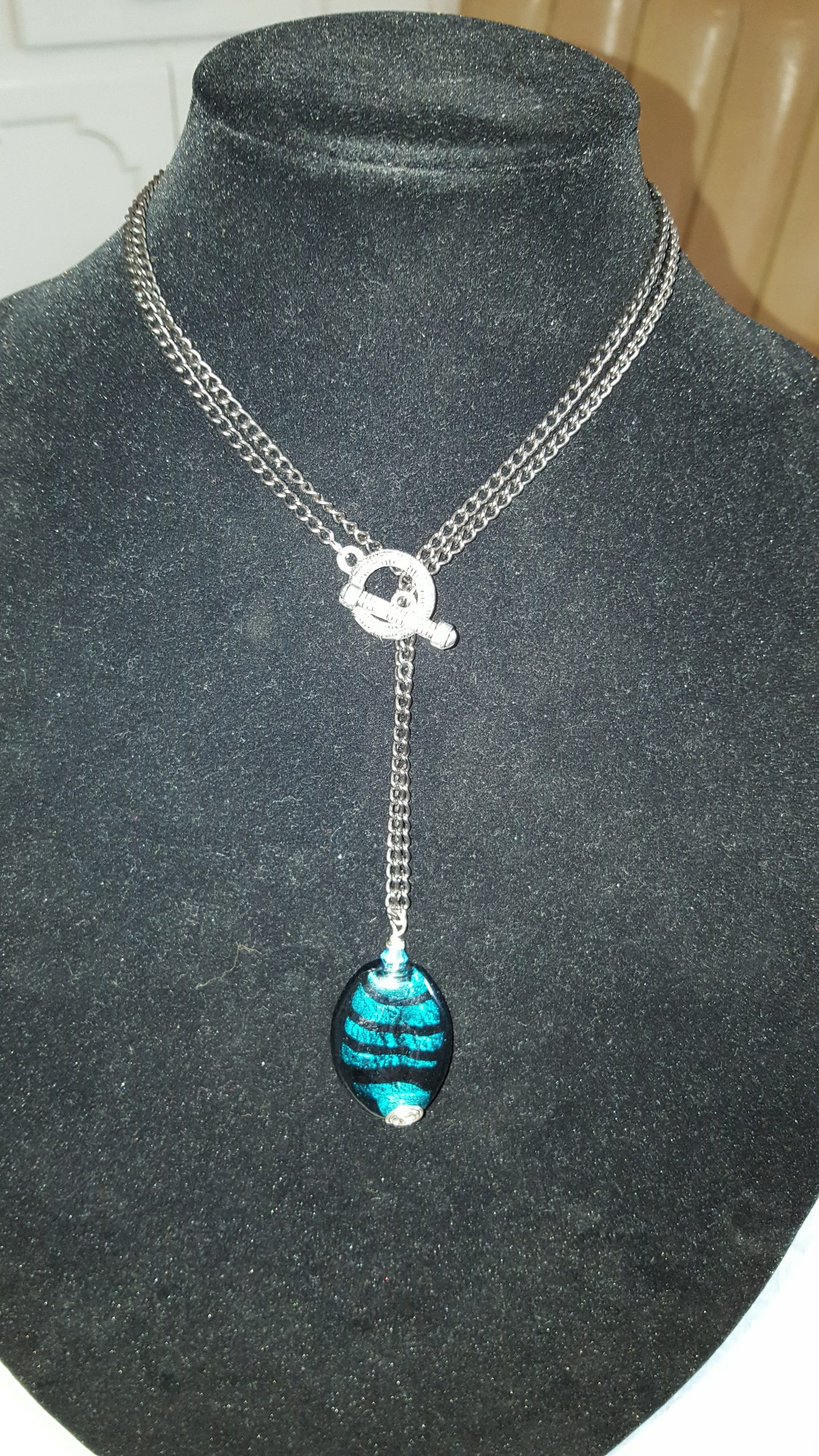 teal/black agate necklace